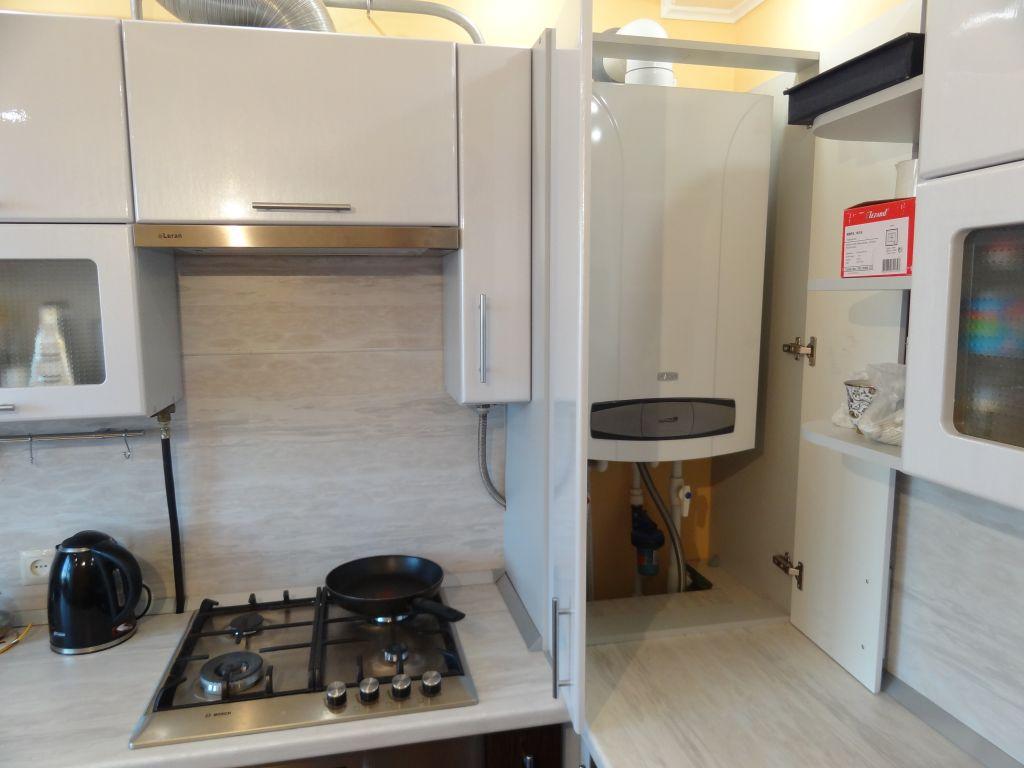Дизайн маленькой кухни фото 5 кв.м с холодильником фото