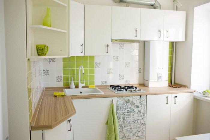 Кухня ремонт дизайн 6 кв м колонка